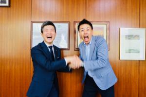 大阪府四條畷市の市長・東修平さんと関野